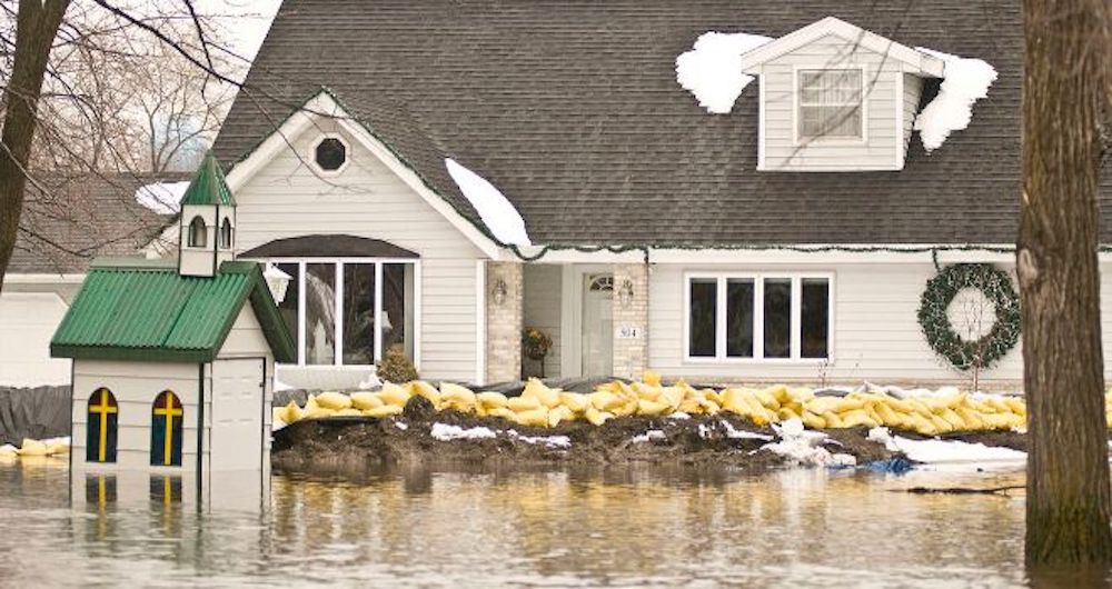 Flood Cleanup in Glendale Heights, IL (5931)